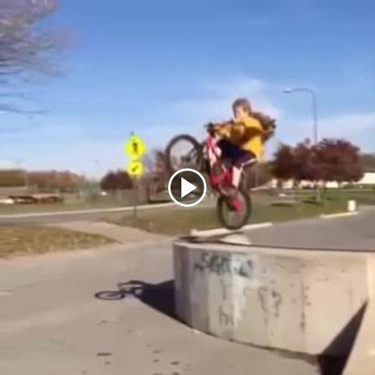 skok-na-rowerze